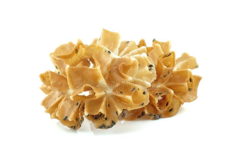Galleta curruscante del flor del loto en el fondo blanco foto de archivo