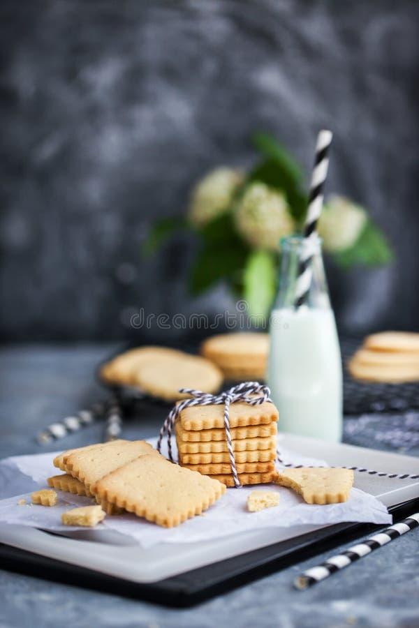 Galletas caseras de panecillos de mantequilla de vainilla imagenes de archivo