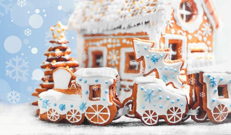 Galletas clasificadas del pan de jengibre de la Navidad imágenes de archivo libres de regalías