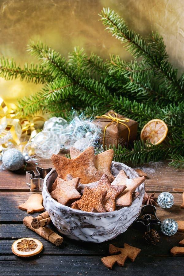 Galletas de azúcar de la forma de la estrella de la torta dulce fotos de archivo libres de regalías