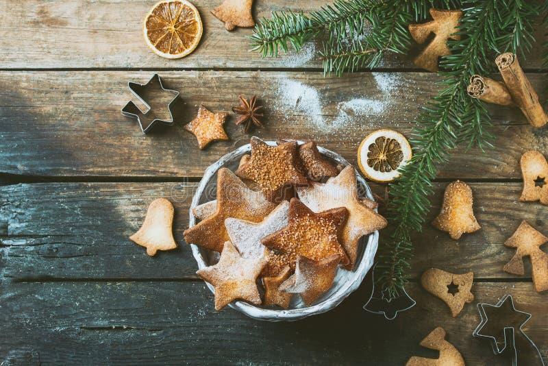 Galletas de azúcar de la forma de la estrella de la torta dulce imagenes de archivo