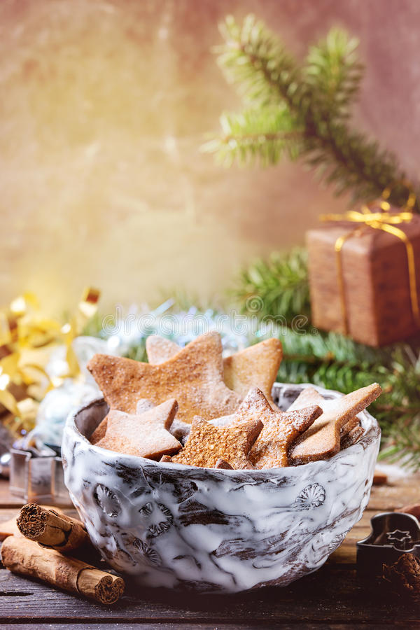 Galletas de azúcar de la forma de la estrella de la torta dulce imagen de archivo