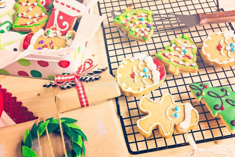 Download Galletas de la Navidad foto de archivo. Imagen de chocolate - 64200654