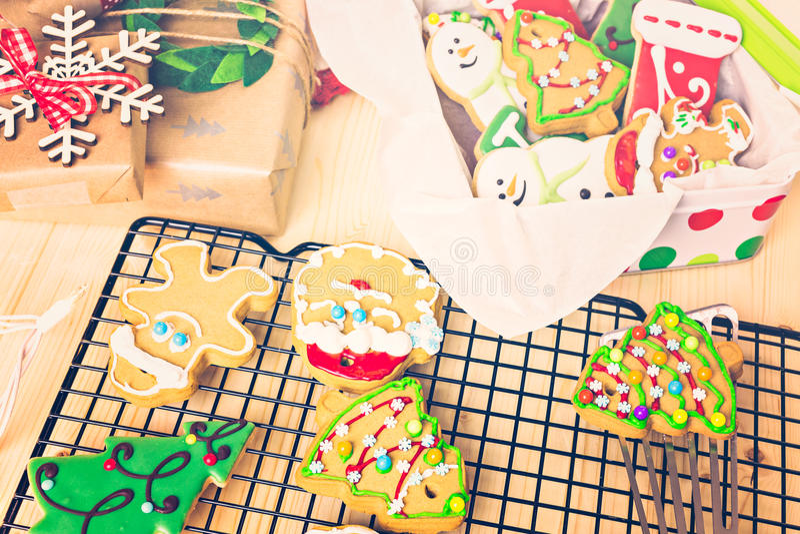 Download Galletas de la Navidad imagen de archivo. Imagen de baked - 64200671