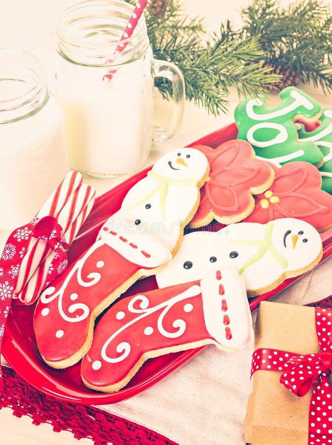 Download Galletas de la Navidad imagen de archivo. Imagen de regalo - 64200677
