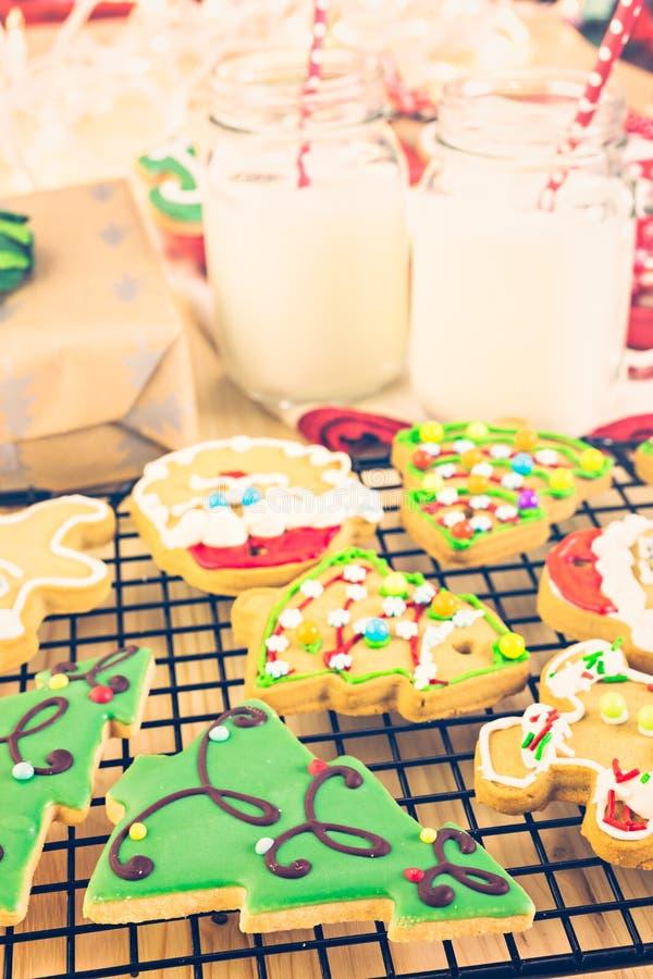 Download Galletas de la Navidad imagen de archivo. Imagen de adornado - 64200689