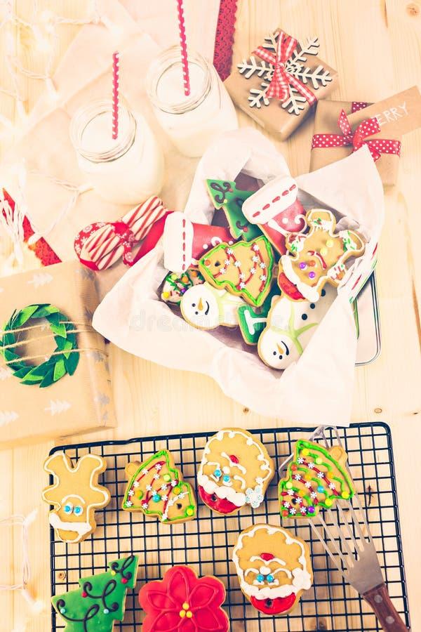 Download Galletas de la Navidad foto de archivo. Imagen de adornado - 64200702