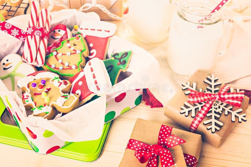 Download Galletas de la Navidad imagen de archivo. Imagen de holiday - 64200707