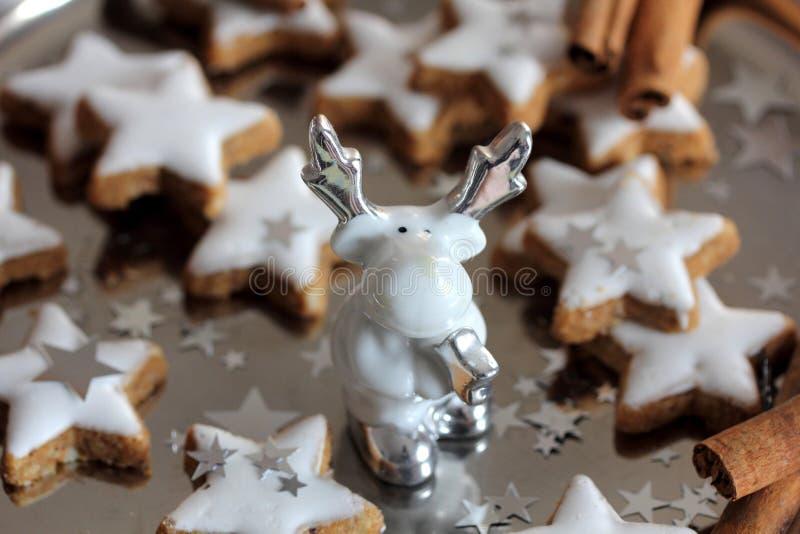 Galletas de la Navidad - estrellas fotos de archivo libres de regalías