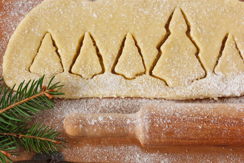 Galletas de los árboles de navidad. fotos de archivo