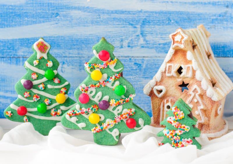 Galletas del árbol de navidad foto de archivo