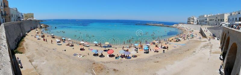 Gallipoli - överblick av stranden royaltyfri fotografi