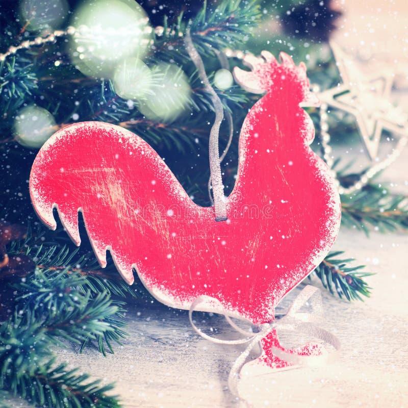 Gallo casalingo del giocattolo di Natale tinto immagine stock