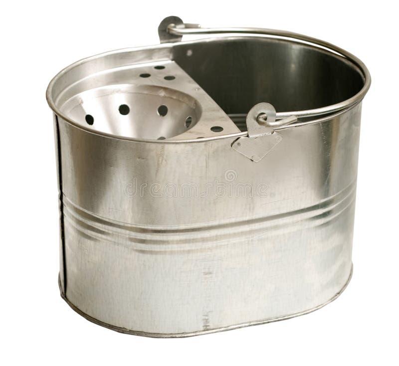 Galvanisierte Stahlwanne (Inc.-Ausschnitts-Pfad) stockbild
