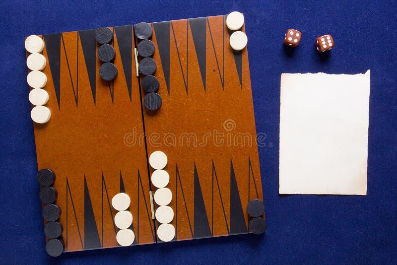 Gamão do jogo de mesa foto de stock royalty free