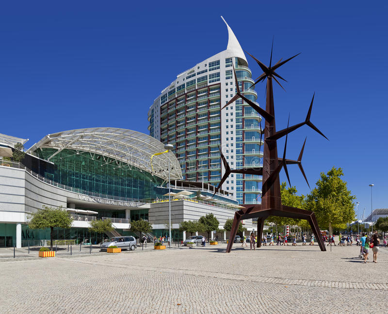 Gama του Vasco DA αγορές - πάρκο των εθνών - Λισσαβώνα στοκ εικόνα με δικαίωμα ελεύθερης χρήσης