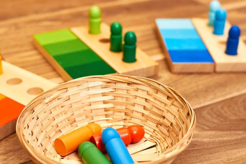 Gama de madeira da cor de Montessori imagens de stock