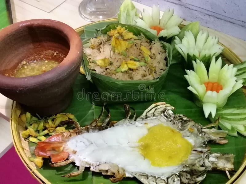 Gamba de río gigante con la salsa de chile, comida tailandesa fotografía de archivo