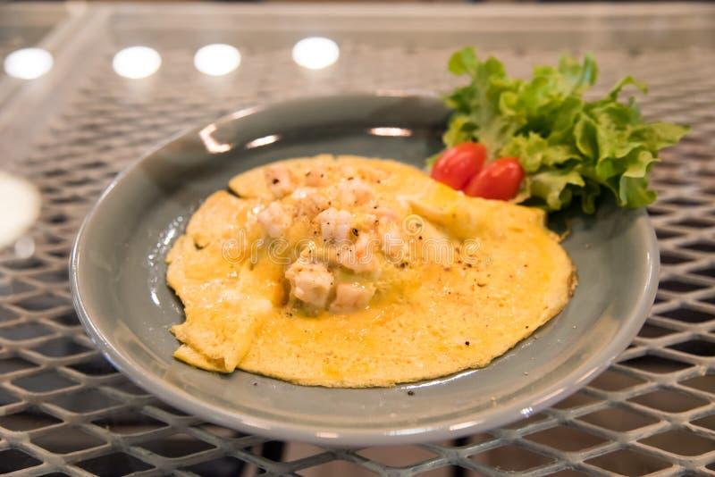 Gamberetto dell'omelette immagini stock