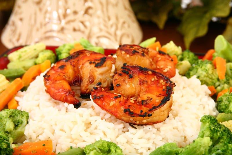 Gambero di Teriyaki dello zenzero con riso e Veggies immagine stock libera da diritti