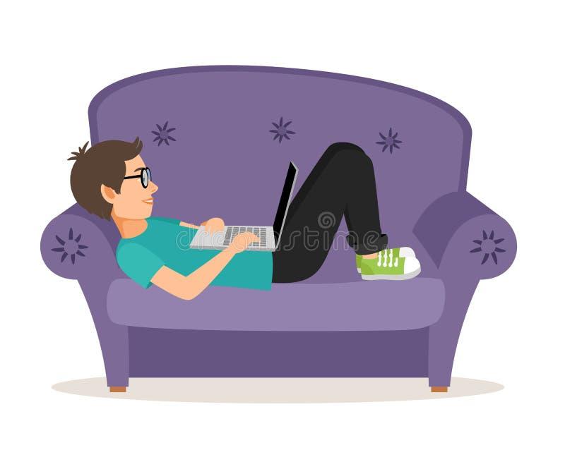 Gamermann, der auf Sofa mit Laptop liegt stock abbildung
