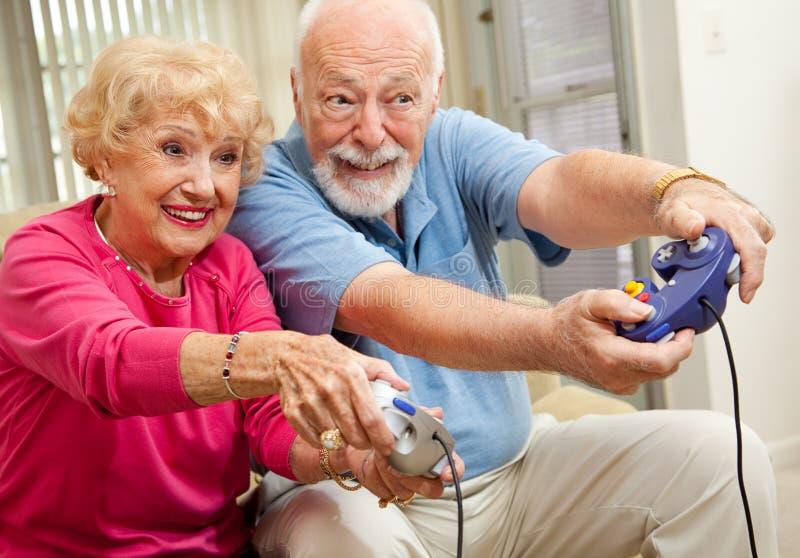gamers старшие стоковые фото