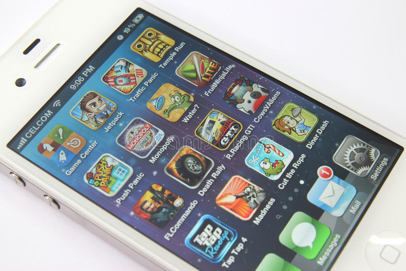 Games Apps On White Iphone 4s Editorial Image Image Of Touch Display 23381460