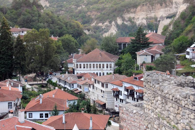 Gamla hus av staden av Melnik royaltyfria bilder