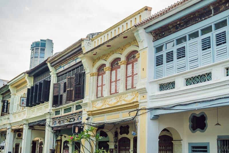Gamla hus i den gamla staden av Georgetown, Penang, Malaysia royaltyfri fotografi