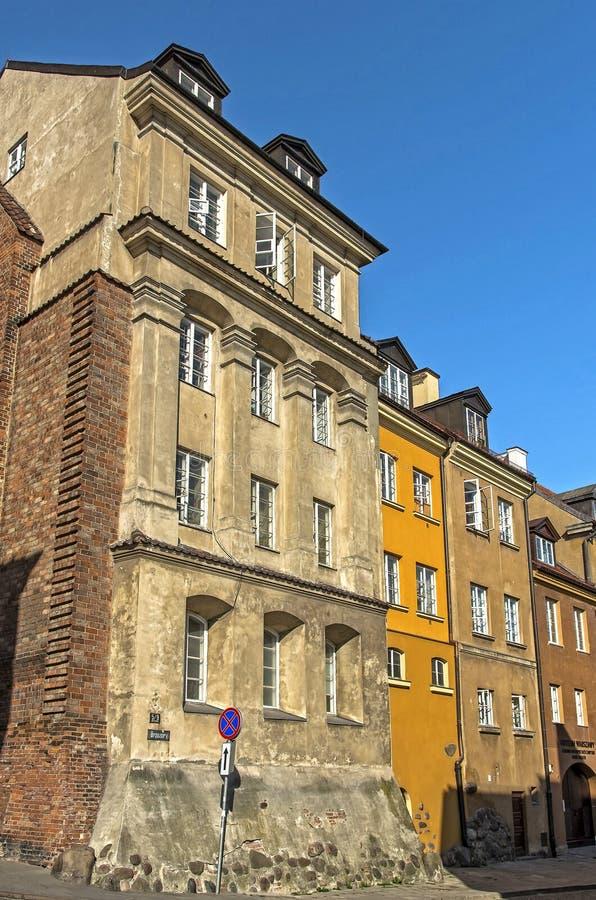 Gamla hyreshusar, Warszawa royaltyfri bild
