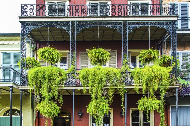 Gamla New Orleans hus i franskt royaltyfri fotografi