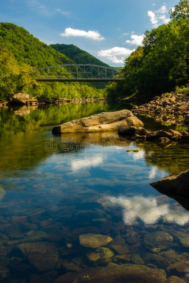 Gamla New River Gorge Bridge, West Virginia royaltyfri foto