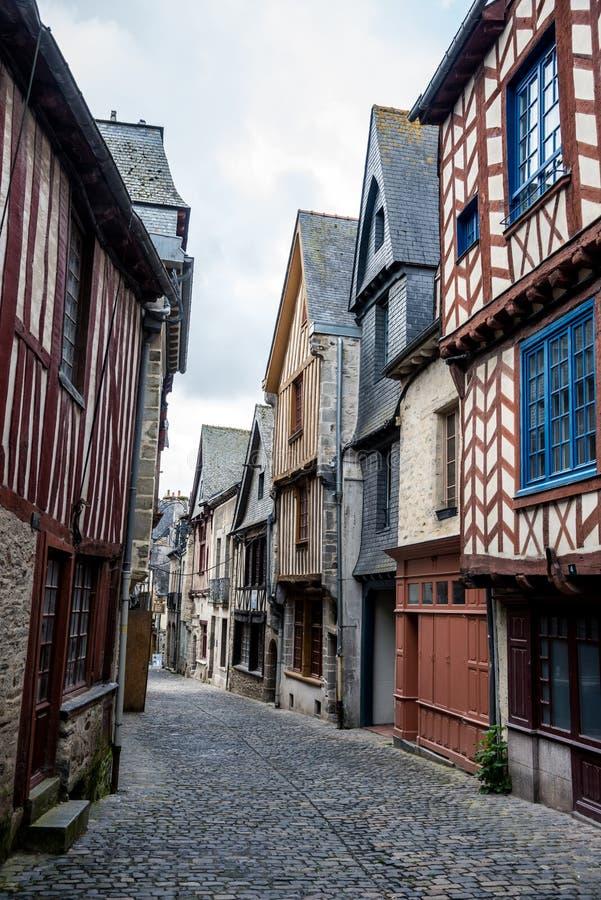 Gamla timrade hus i Europa royaltyfri fotografi