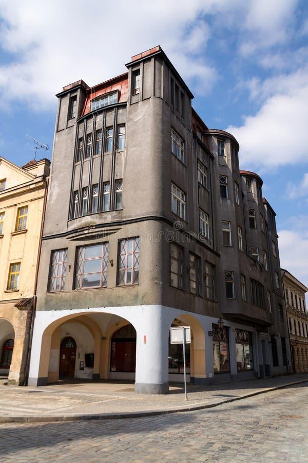 GamlaSpalkuv varuhus på den stora fyrkanten som byggs i 1911, Hradec Kralove royaltyfri bild