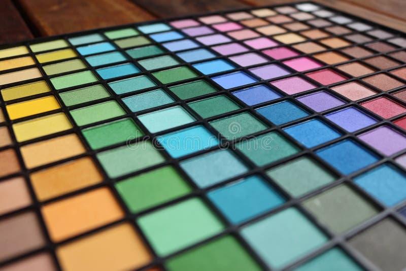 Gamma di colori variopinta dell'ombretto Molte opzioni da comporre voi stessi immagini stock libere da diritti