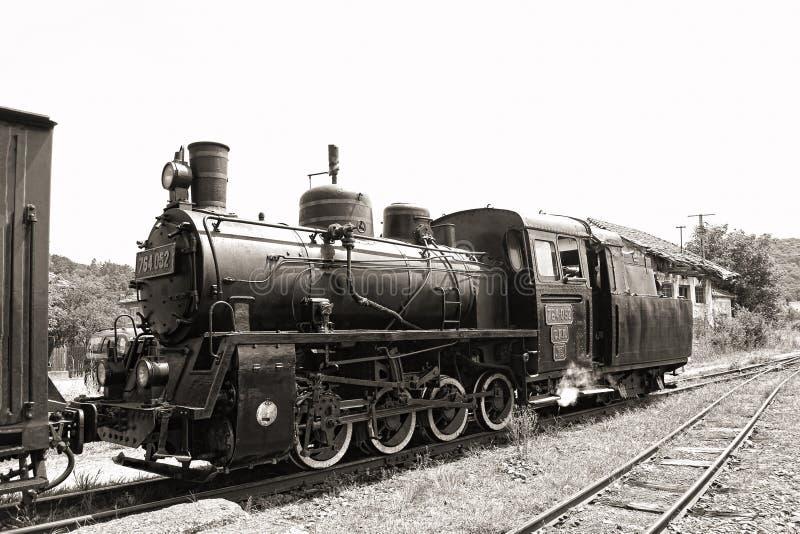Gammal ångalokomotiv royaltyfria foton