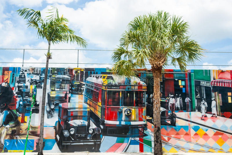 Gammal amerikansk gata för väggkonstplats med kabelbilar, folk och b arkivfoto