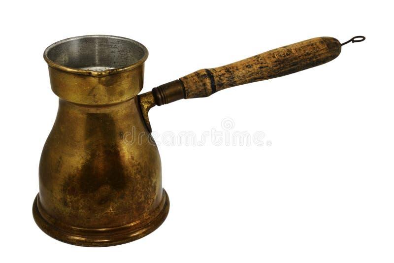Gammal arabisk kaffekruka på vit fotografering för bildbyråer