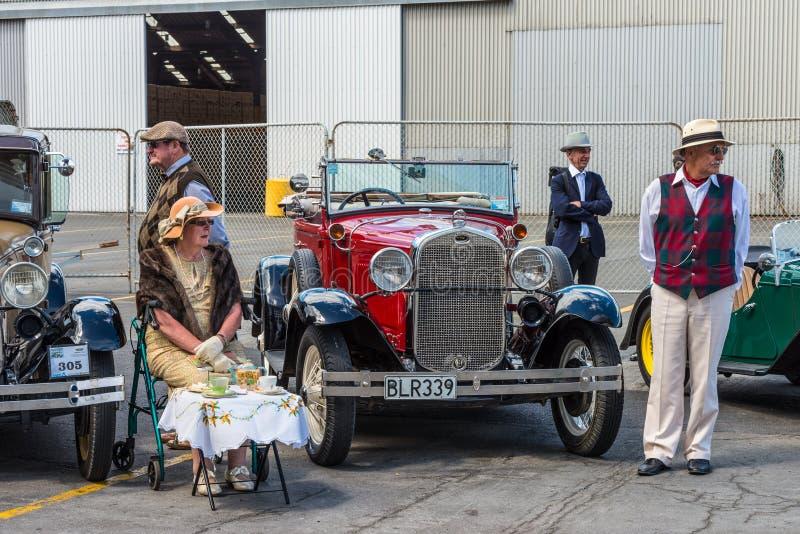 Gammal Art Deco Ford för klassisk tappning för motorisk bil helg norr Napier arkivbilder