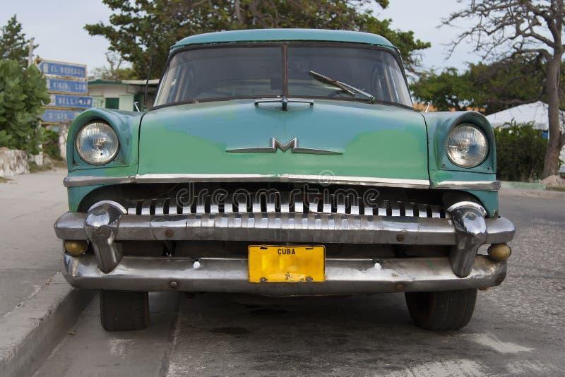 Gammal bil för Kuba fotografering för bildbyråer