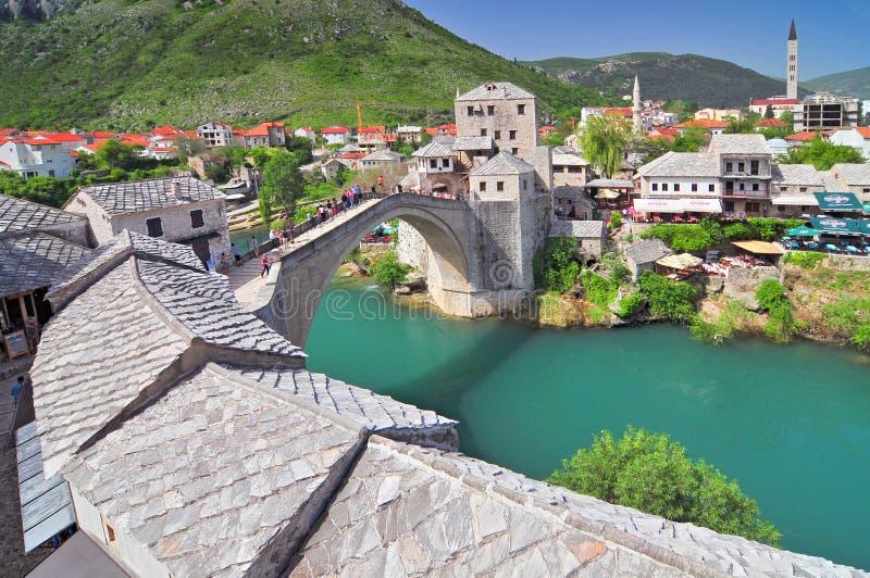 Gammal bro i Mostar Bosnien och Hercegovina royaltyfria foton