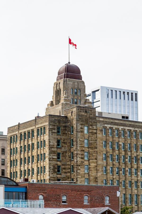 Gammal brun stenbyggnad i Halifax arkivbilder