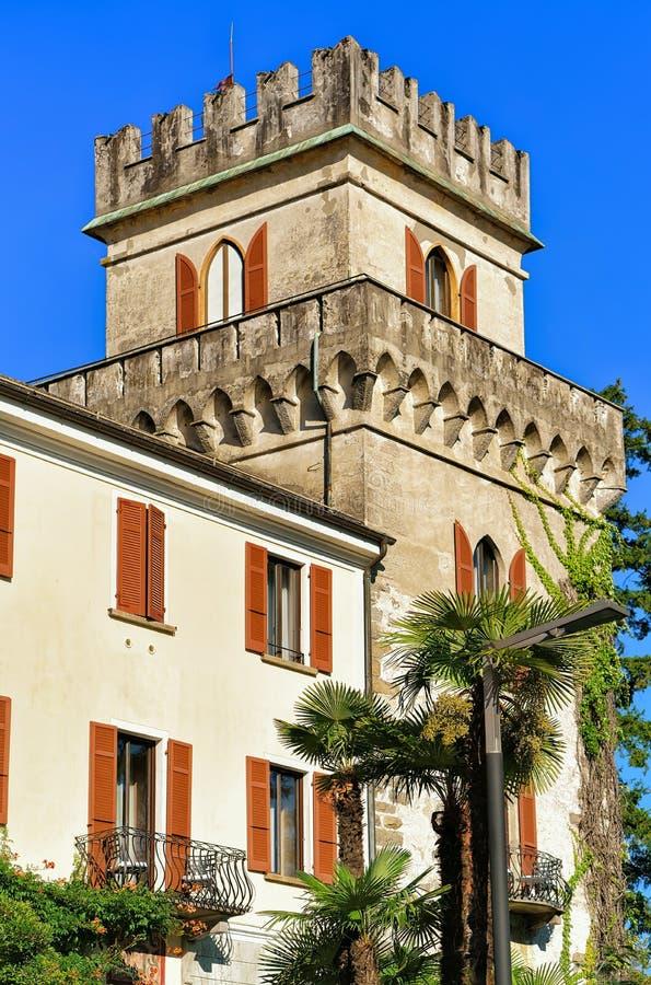 Gammal byggnad av den Ascona Ticino schweizaren royaltyfri foto