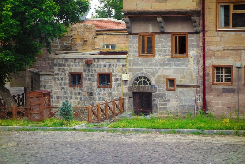 Gammal byggnad i Turkiet royaltyfria bilder