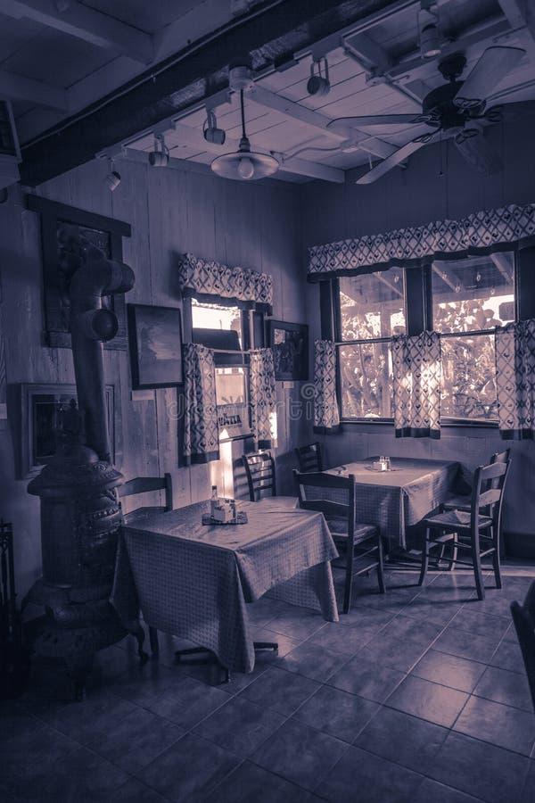 Gammal cafe arkivbilder