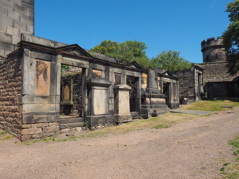 Gammal Calton gravplats i Edinburg royaltyfri foto