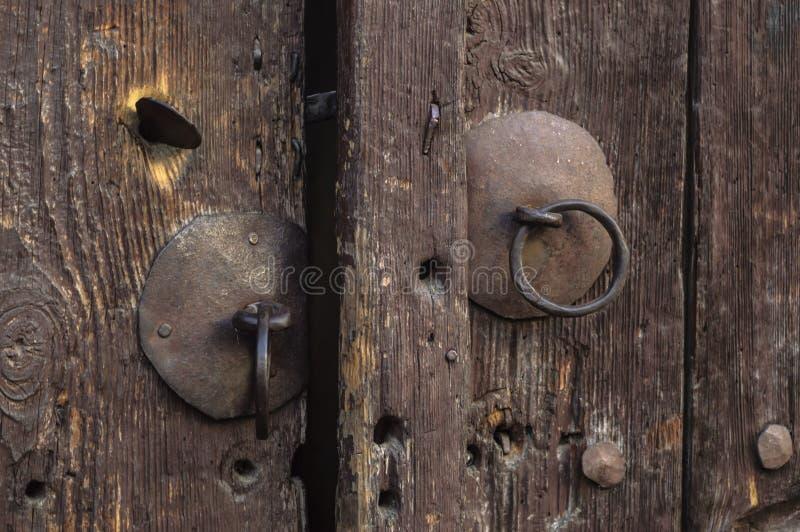 Gammal dörrknopp royaltyfri foto