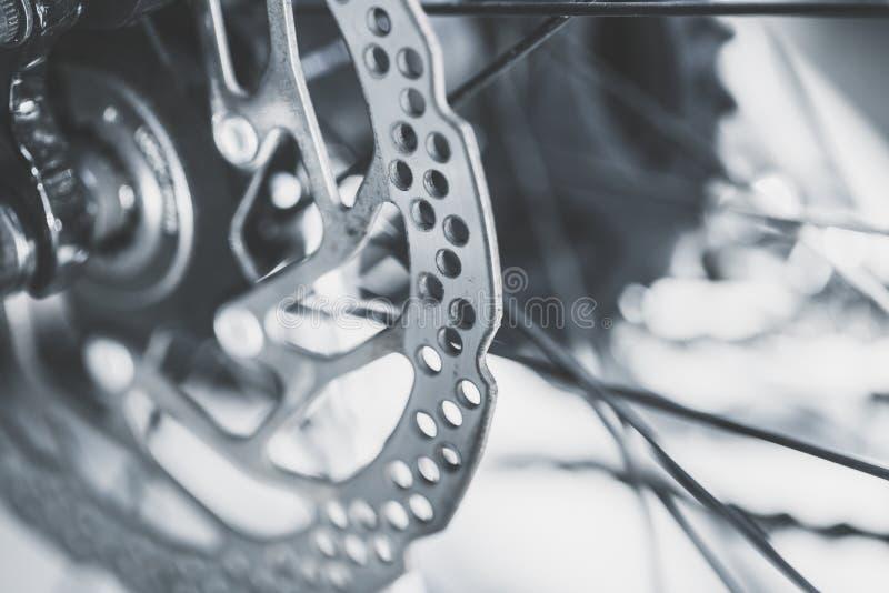 Gammal diskett för främre broms för mountainbike arkivfoto