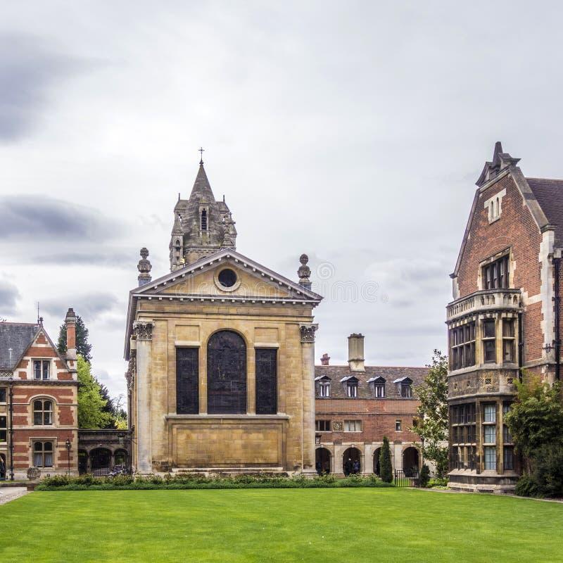 Gammal domstol av Pembroke College i universitetet av Cambridge royaltyfria foton
