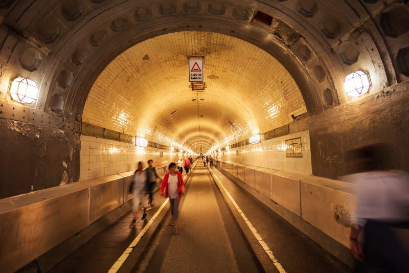 Gammal Elbe tunnel i Hamburg royaltyfri fotografi